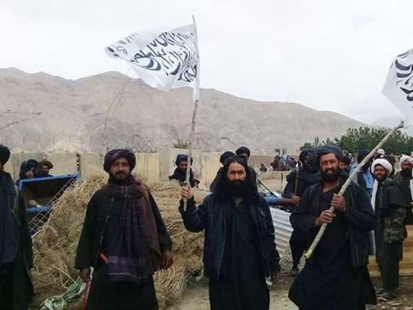 مسلحو طالبان يقتحمون نقاط تفتيش.. ومقتل 7 شرطيين أفغان
