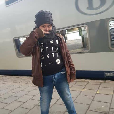 أب الطفل القتيل ببلجيكا: أعطيتهم زهرة عمري فأعادوه نعشا