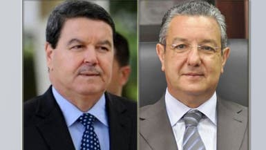الجزائر تفتح ملف الفساد.. ملاحقة مدير الأمن ووزير المال