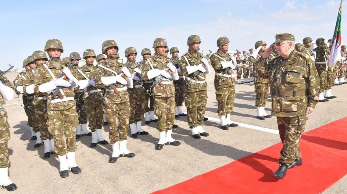 الفريق قايد صالح رئيس أركان الجيش الجزائري نائب وزير الدفاع