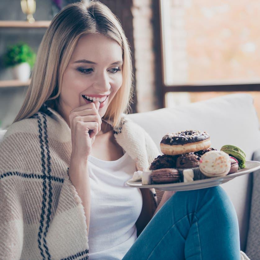 هذه علاقة العاطفة بفرط الرغبة في تناول الطعام اللذيذ