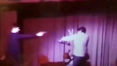 سلاح حقيقي في مسرحية مدرسية كاد يودي بحياة طالب!