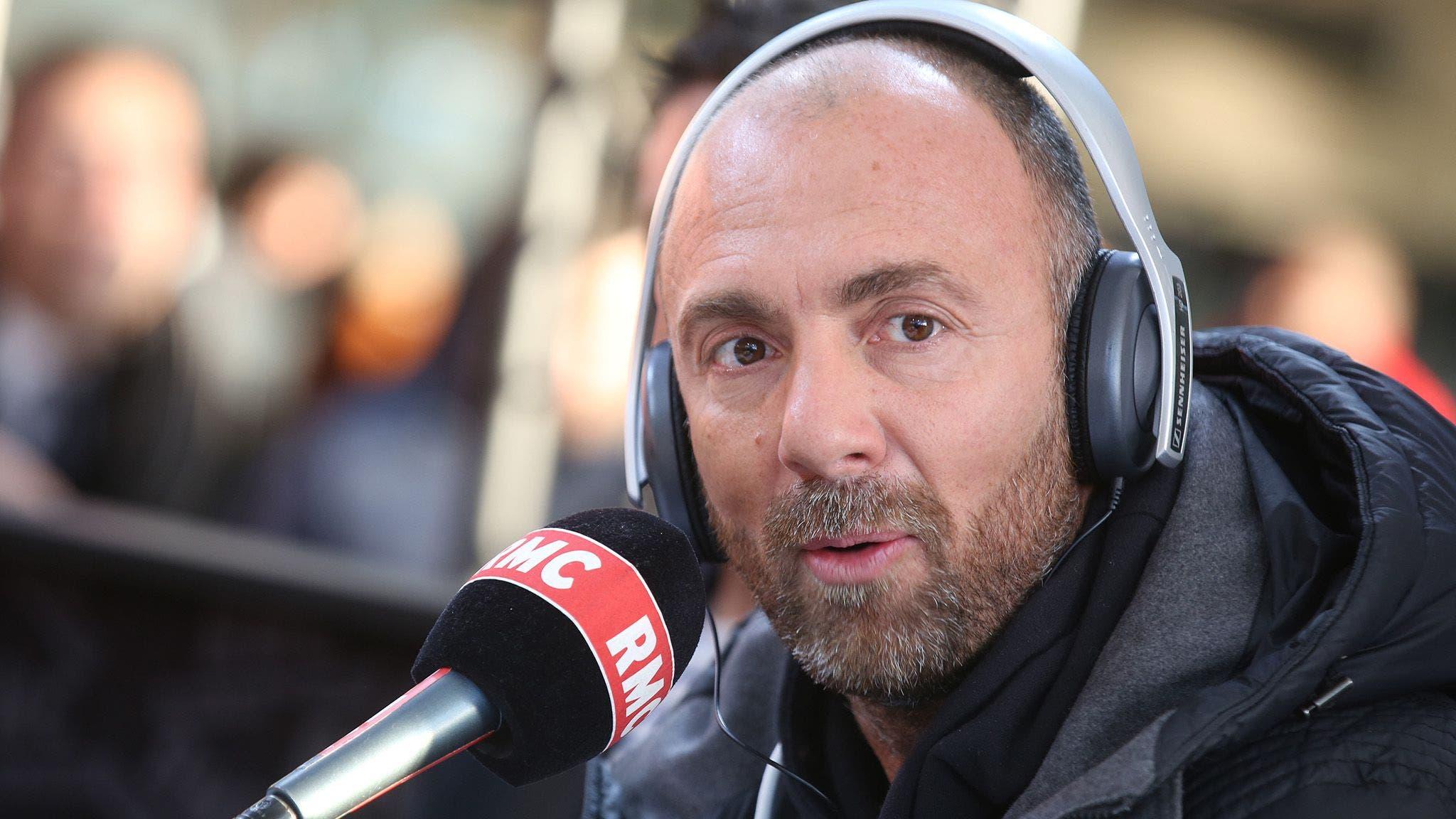 دوغاري مقدم برنامج فريق دوغا الإذاعي على راديو مونتي كارلو
