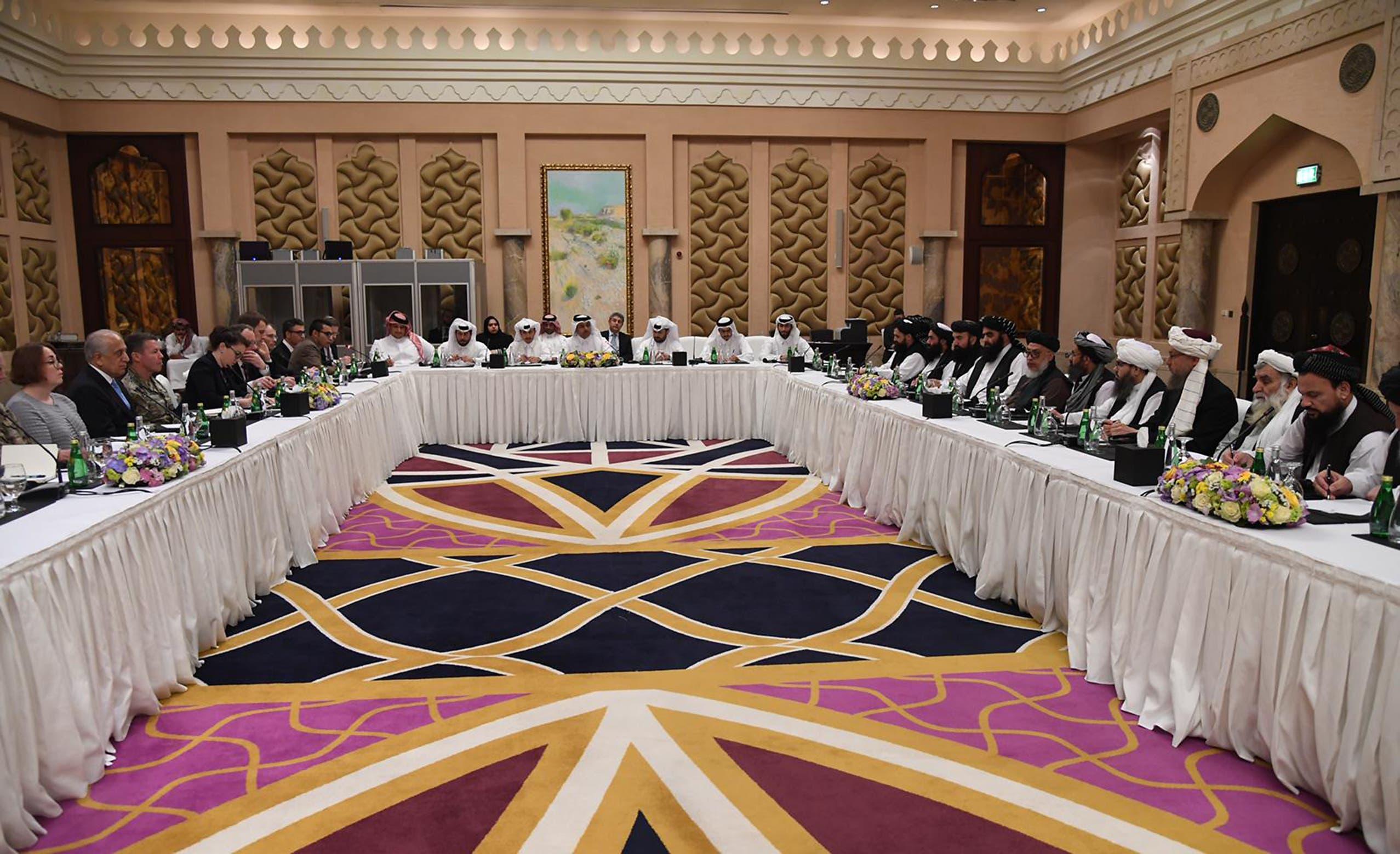 دوحہ میں امریکہ اور طالبان مذاکرات کا منظر
