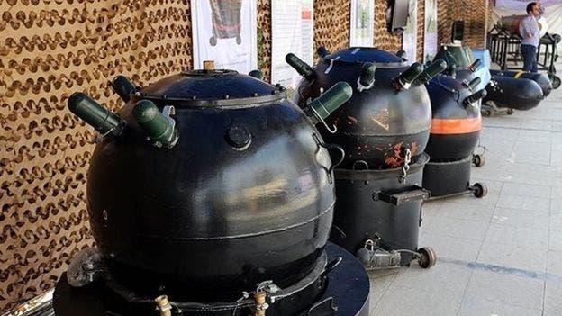 ألغام بحرية إيرانية في معرض بطهران