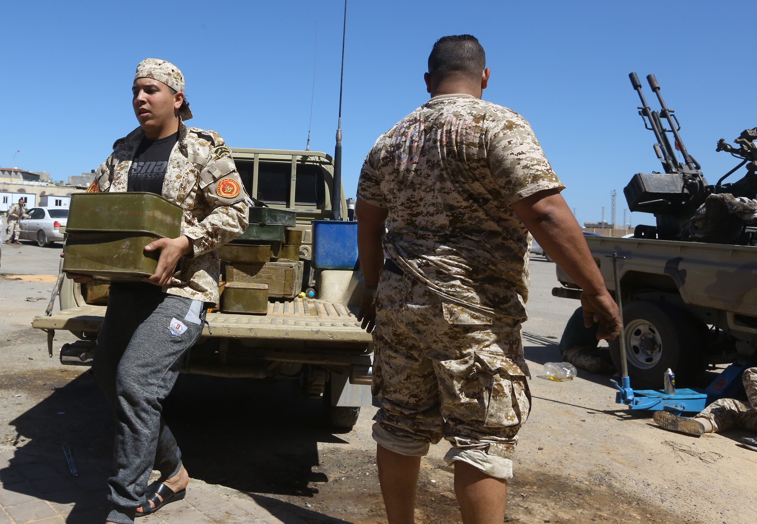 عناصر مسلحة في مصراتة موالية لحكومة الوفاق الليبية(فرانس برس- أرشيفية)