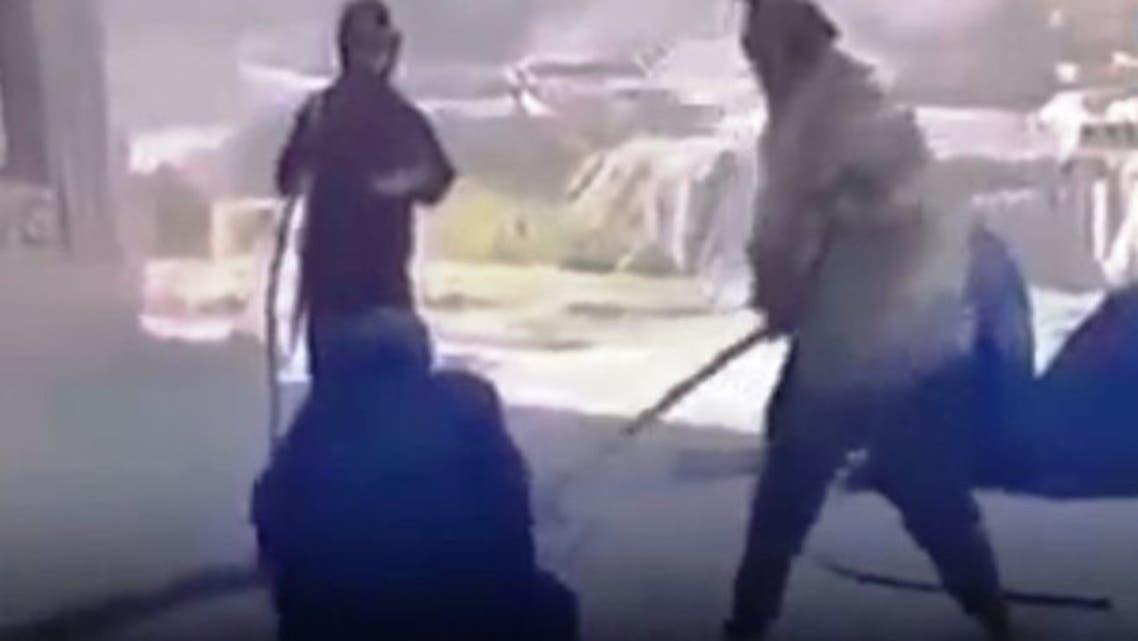 طالبان دو دختر را در شمال افغانستان به اتهام « پوشیدن پتلون» شلاق زدند