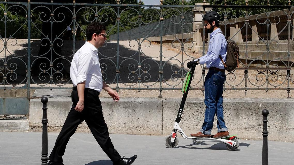 France will ban electric scooters from pavements in September, the transport minister said May 4, 2019, in a backlash against a surge of the commuter gizmos invading pedestrian areas. (AFP)
