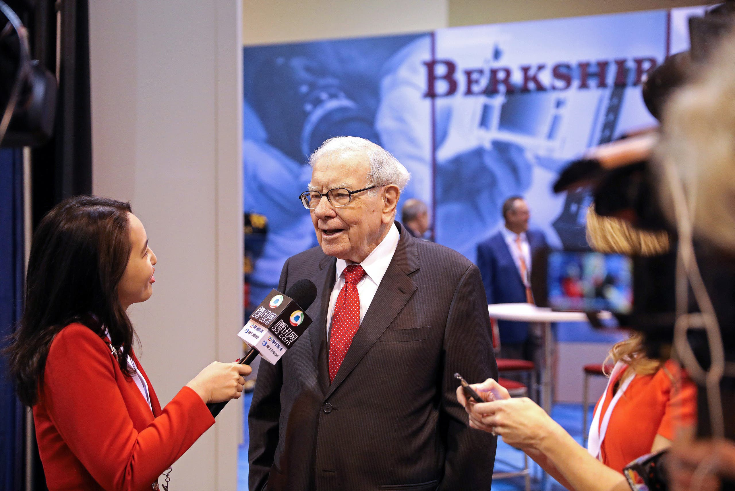 """Berkshire Hathaway, a massive holding company, run by famed """"value"""" investor Warren Buffett since the 1960s, improved by one place to third in the """"Global 2000"""".. (File photo)"""
