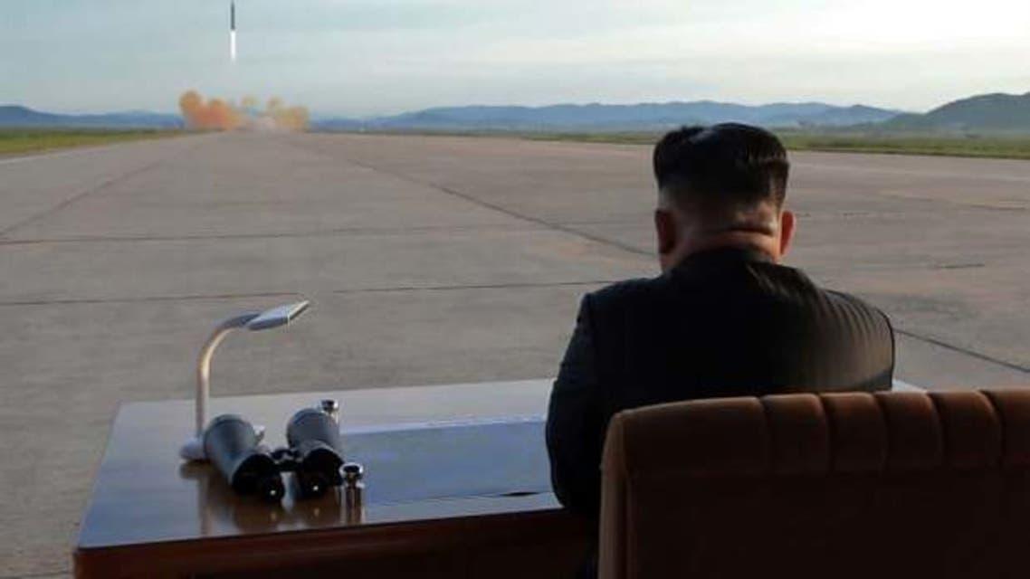 كيم يتابع تجربة صاروخية أجريت عام 2017