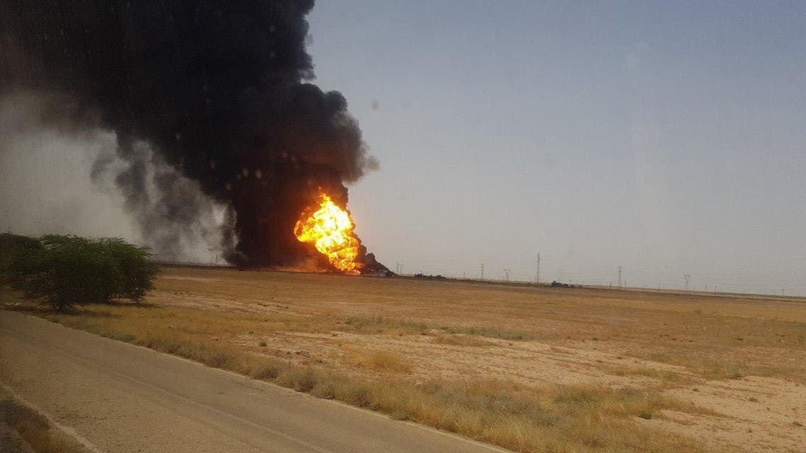 حريق خطوط النفط في الأهواز