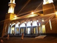 """بعد فقدان أبنائه الخمسة.. افتتح """"مسجد الراحلين"""" على روحهم"""