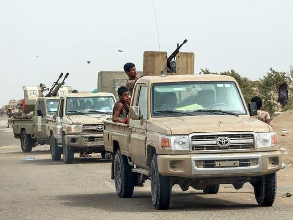 """الجيش اليمني يتقدم بكتاف.. وغريفثس متهم بـ""""تسويق الفشل"""""""