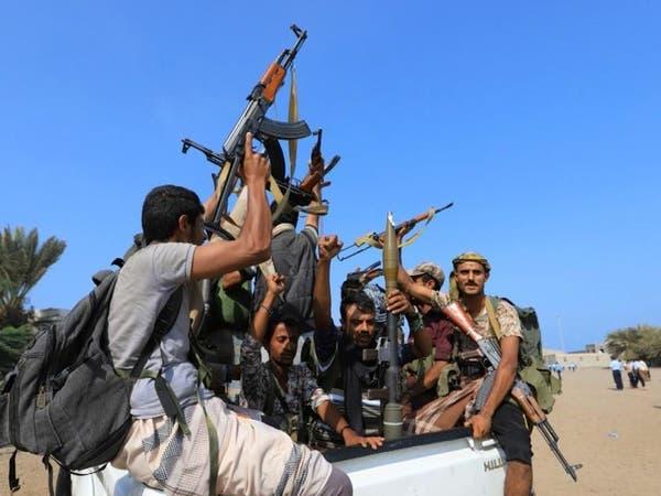 """""""مسرحية جديدة"""".. الحوثيون يسلمون موانئ الحديدة لأنفسهم!"""