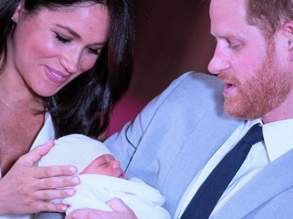 أحد مشاهير الإعلام البريطاني يصف طفل الأمير هاري بقرد