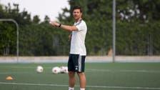 ريال سوسييداد يمدد عقد تشابي ألونسو