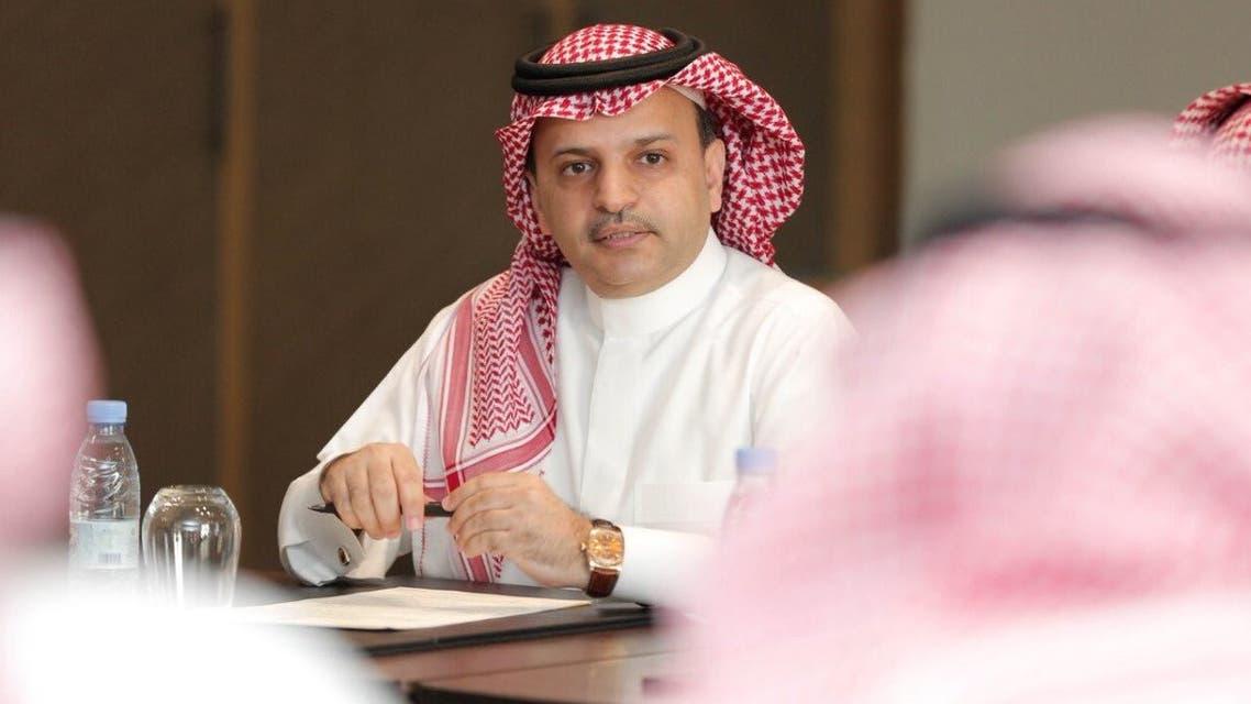 استقالة آل معمر من رئاسة رابطة دوري المحترفين