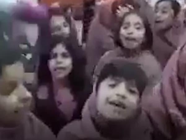 """""""تحدي الرقص"""" يشغل بال إيران.. والحكومة: مؤامرة!"""
