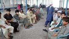 ایران نے امریکی پابندیوں کا نزلہ افغان مہاجرین پر گرانے کا فیصلہ کر لیا