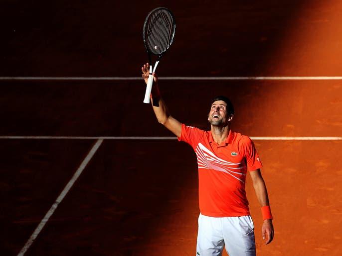 إصابة المصنف الأول عالميا في التنس ديوكوفيتش بكورونا