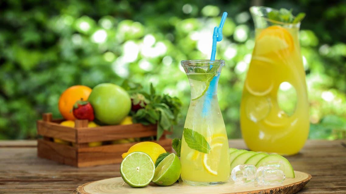 ماء الليمون - عصير الليمون