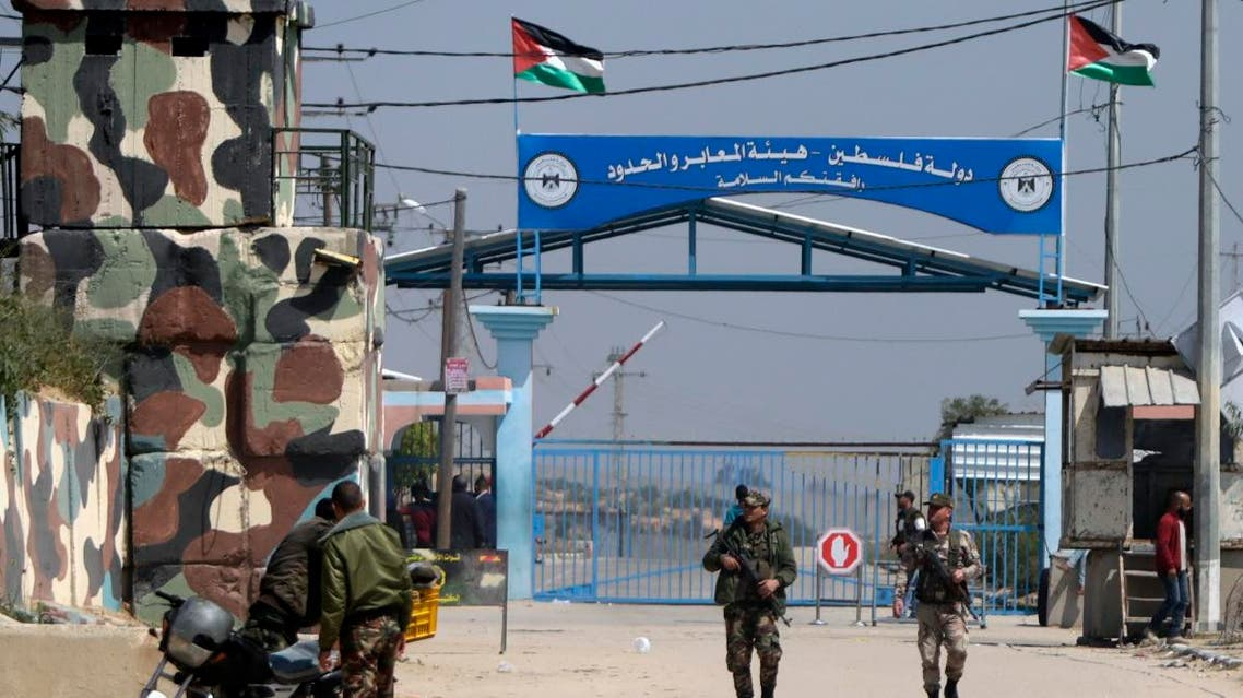 Hamas security forces stand guard at Erez border crossing into Israel, in Beit Hanun, in the northern Gaza Strip on March 26, 2017. (File photo: AFP)