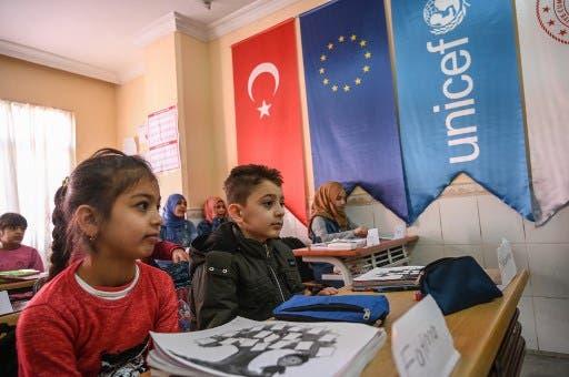 طلاب سوريون في تركيا (فرانس برس- أرشيفية)