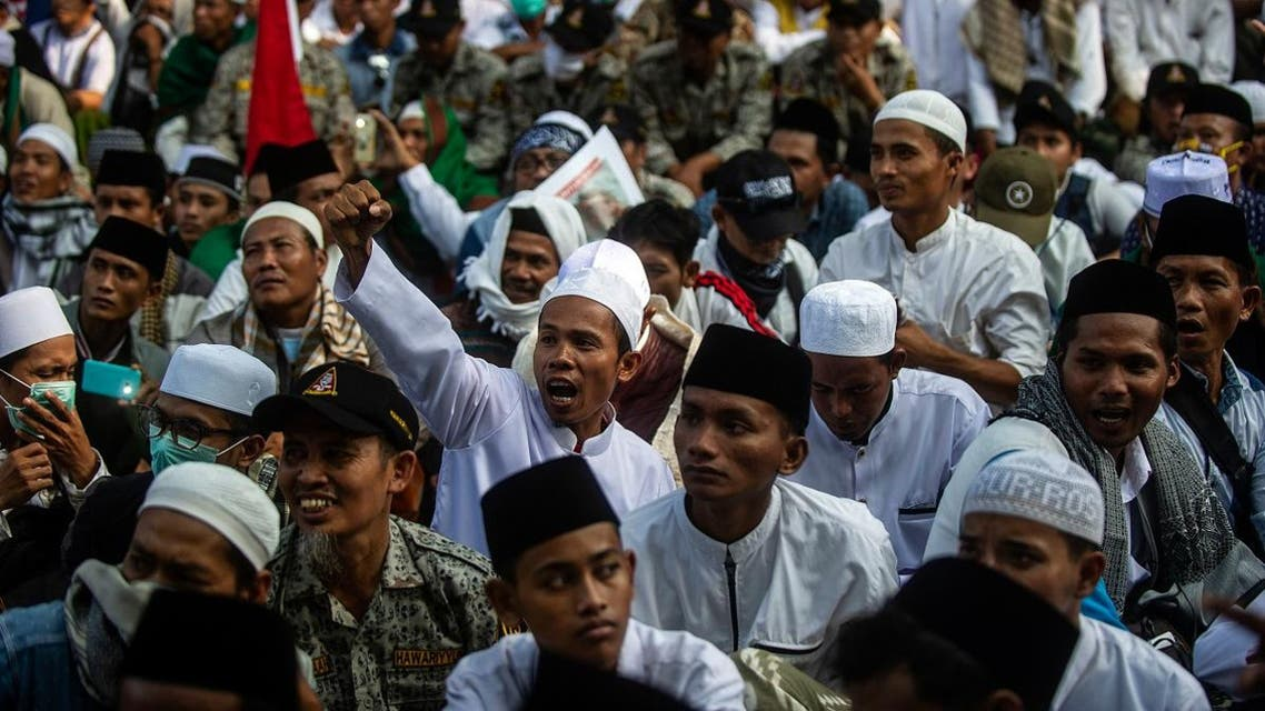 Supporters of Indonesian presidential hopeful Prabowo Subianto gather for a protest in Surabaya on May 17, 2019. (AFP)