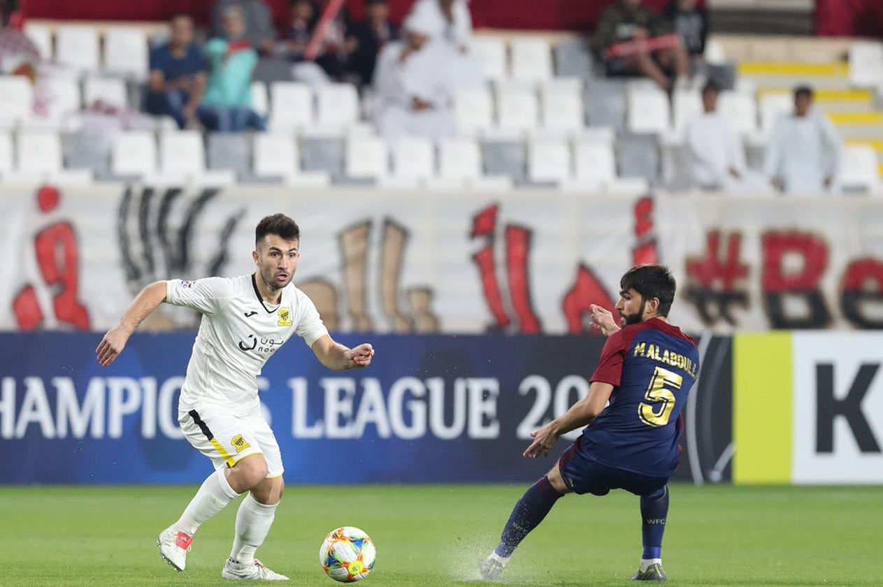 فيلانويفا خلال مباراة الاتحاد والوحدة الإماراتي في دوري أبطال آسيا