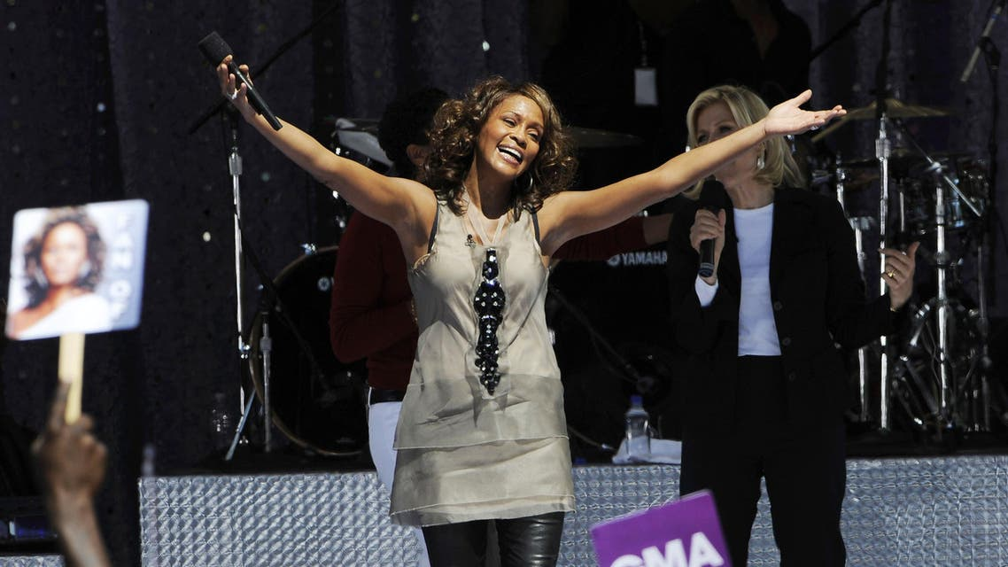 """Whitney Houston performs on ABC's """"Good Morning America"""" in New York City on September 1, 2009. (AFP)"""