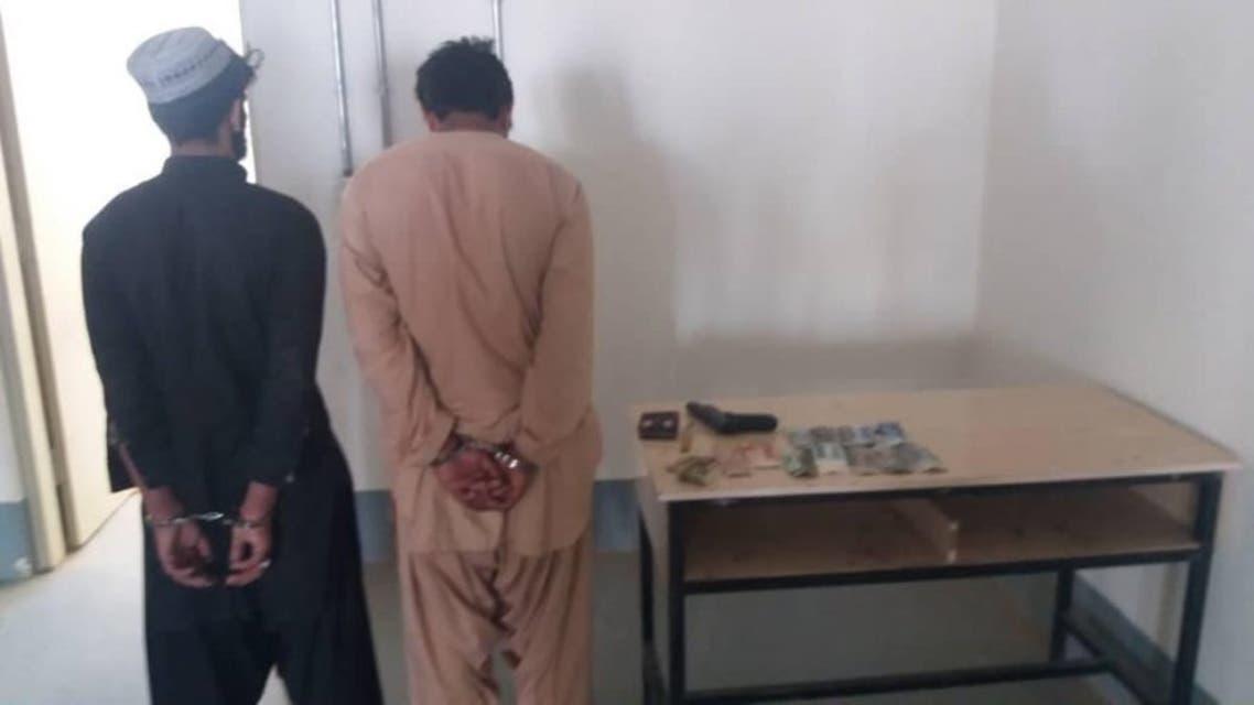 بازداشت دو دزد با سلاح پلاستیکی در هلمند افغانستان