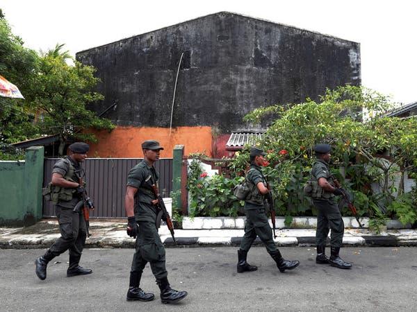 جيش سريلانكا يجري عمليات بحث عن مشتبه بهم باعتداءات الفصح