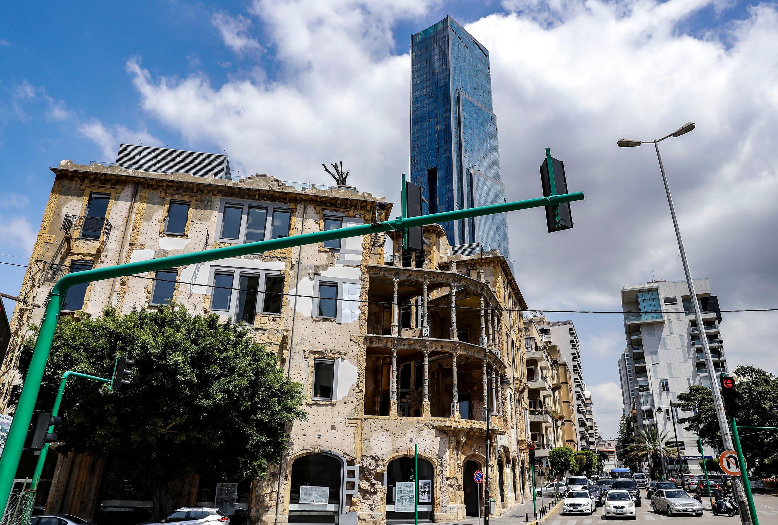 مشهد من أحد شوارع بيروت (أرشيفية-فرانس برس)