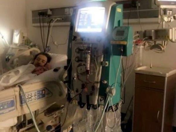 صورة مؤثرة للممثل السعودي خالد سامي في العناية المركزة