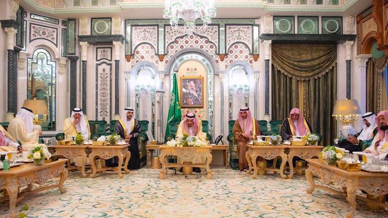 Saudi King receives Dubai Crown Prince, Kuwaiti Speaker in