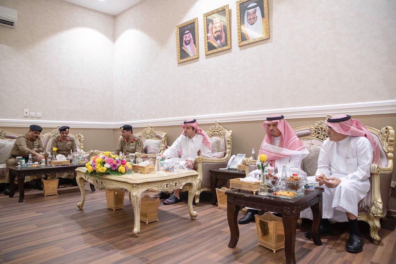وزير الداخلية السعودي في اجتماع على هامش الجولة