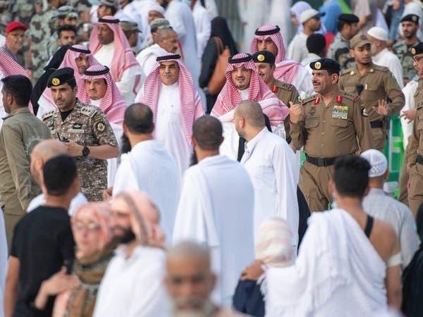 وزير الداخلية السعودي يتفقد أمن المسجد الحرام