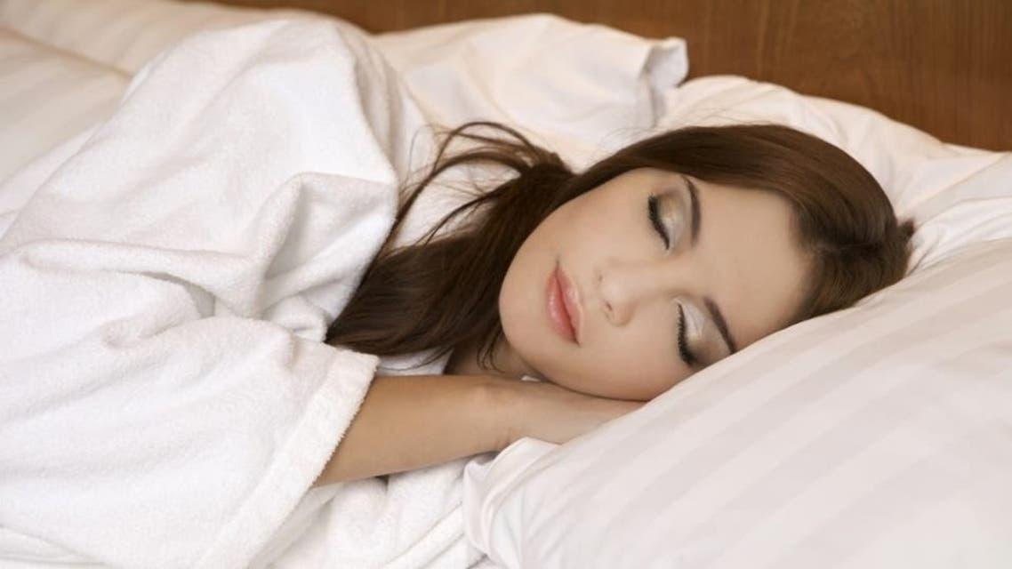 چهار روال که برای پوست زیبا هر شب باید قبل از خواب انجام دهید