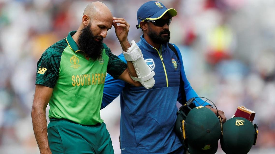 South Africa's Hashim Amla retires from the match after being hurt by a ball from England's Jofra Archer at the Oval, London, on May 30, 2019. (Reuters)