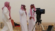 """فلكي سعودي يوضح لـ""""العربية.نت"""" حسابات رؤية هلال شوال"""