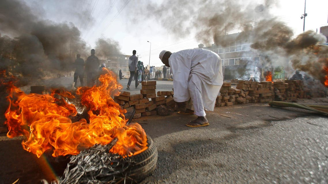 Sudan m ilitary disperses protests, June 3, 2019. (Al Arabiya)