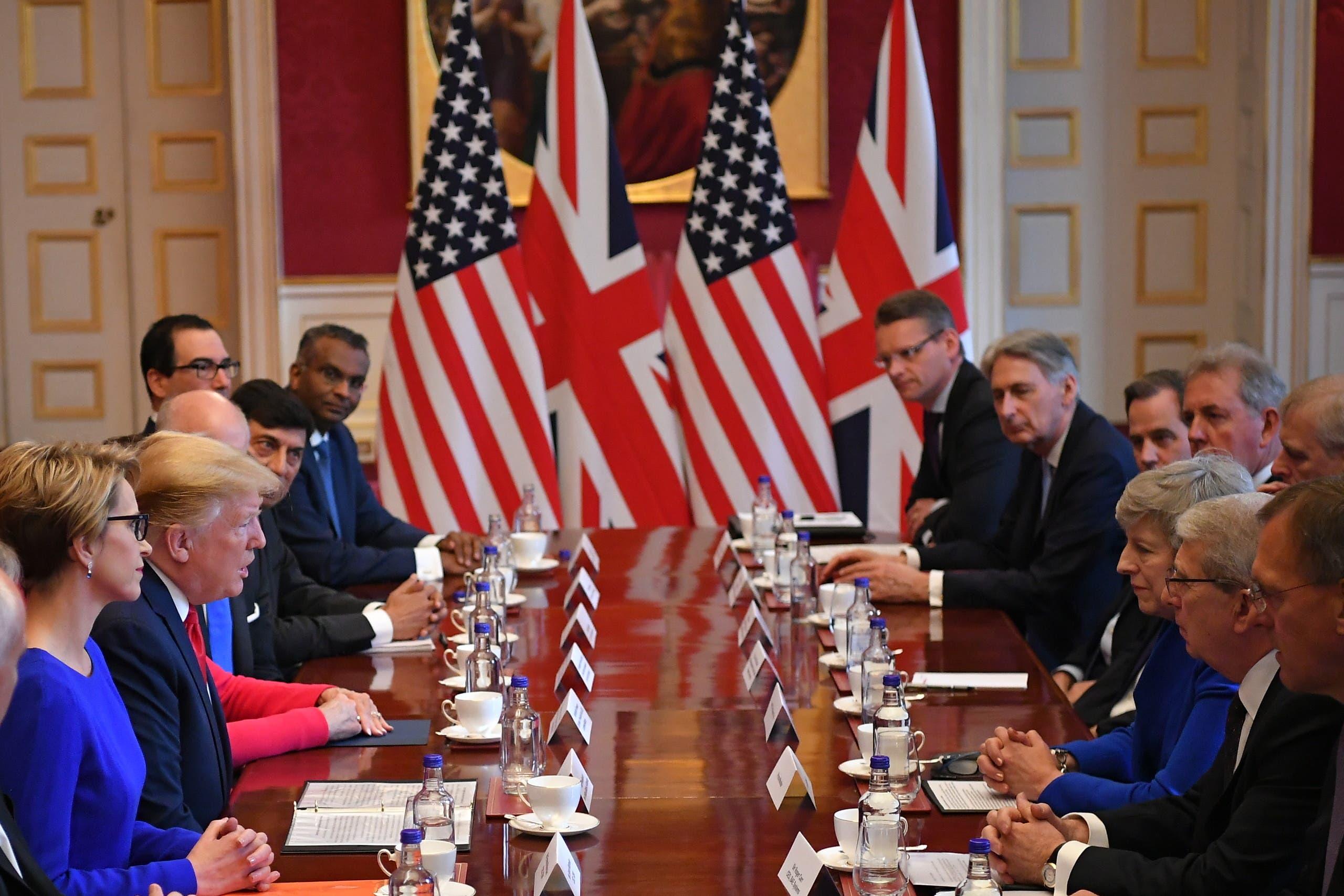 از دیدار هیئتهای بلندپایه آمریکایی و بریتانیایی در لندن