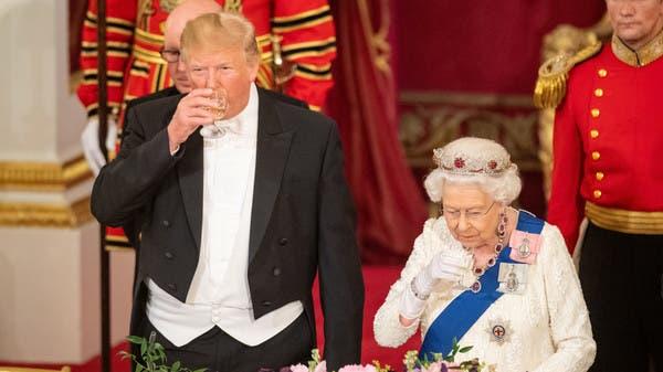 2000 قطعة من الفضيات على مأدبة عشاء الملكة إليزابيث لترمب