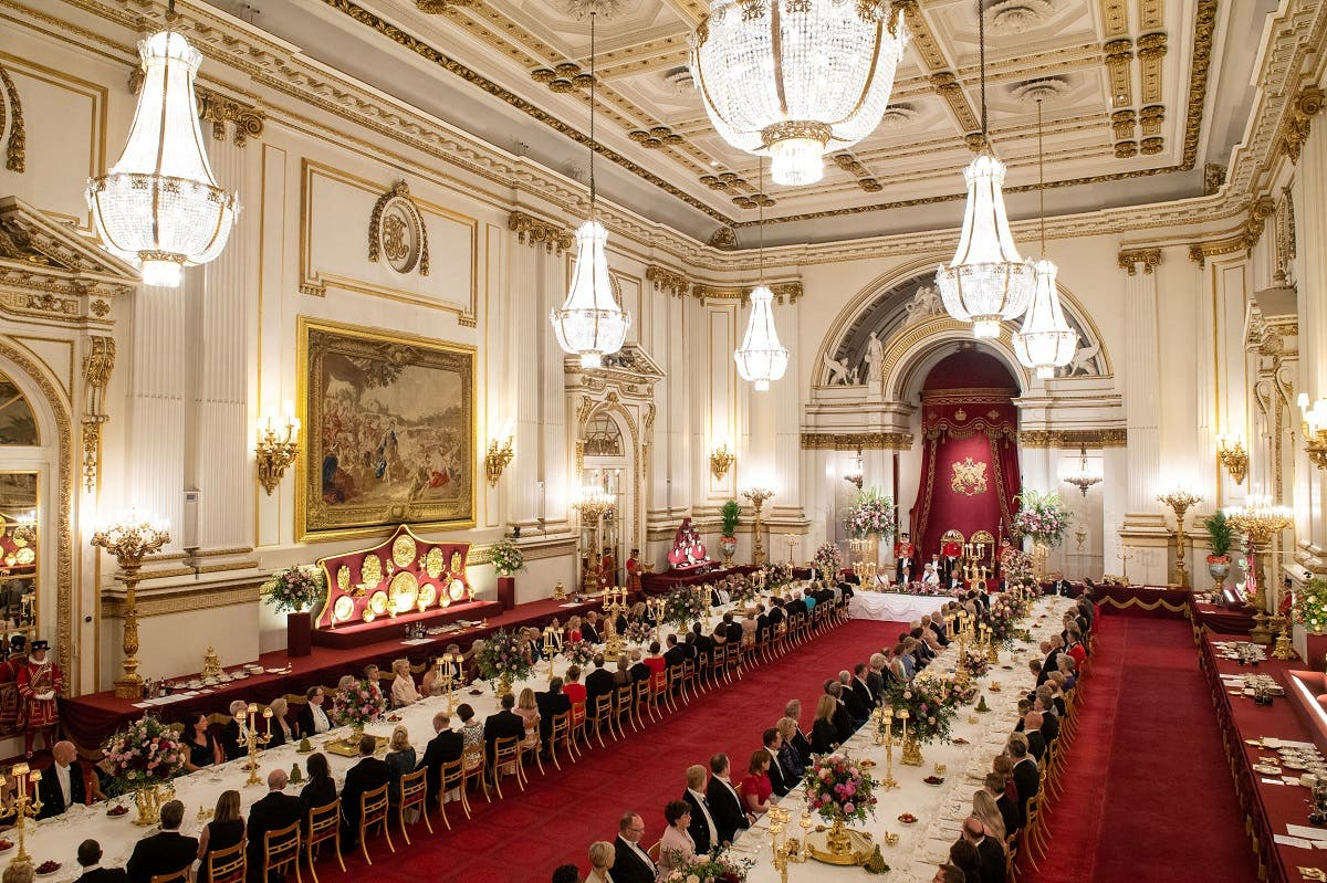 Trump Queen Elizabeth UK banquet. (AFP)