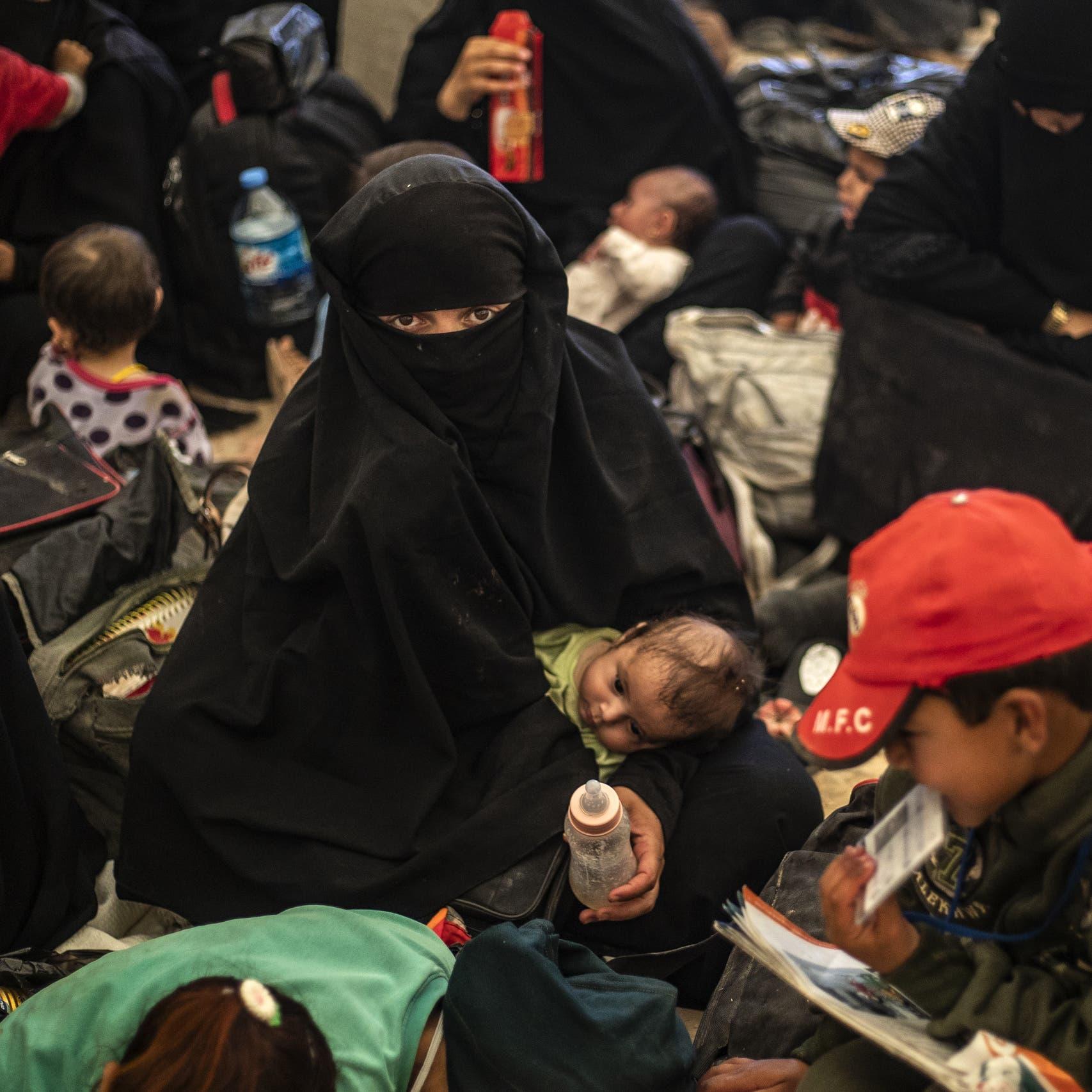 مخيم الهول مجدداً.. أطفال طي النسيان و