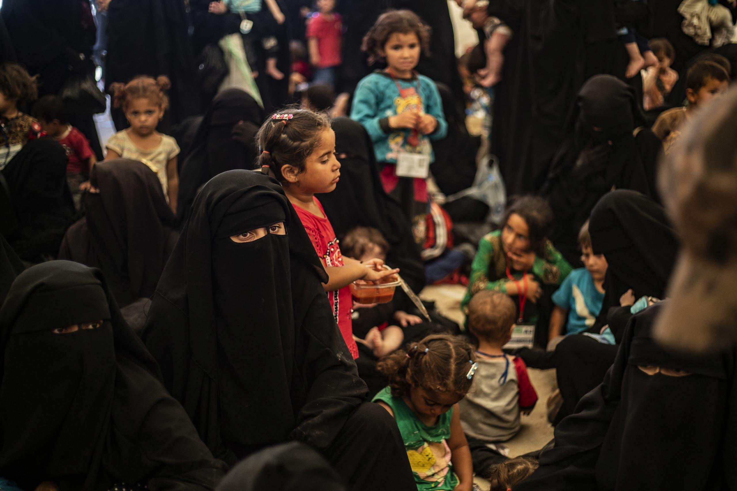 عائلات عناصر داعش في مخيم الهول بسوريا