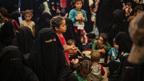 """""""عذبتها داعشيات"""".. مقتل امرأة وجنينها في مخيم الهول"""
