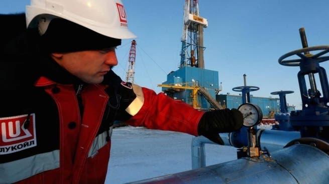 روسيا ترفع إنتاجها من النفط ومكثفات الغاز إلى 10.51 مليون ب/ي