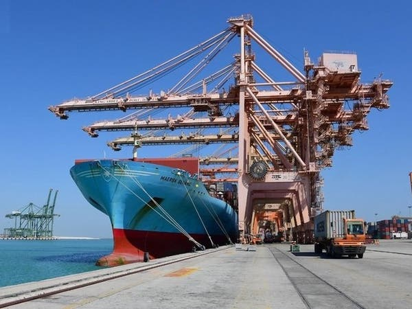 مع كورونا.. حركة مناولة قوية بميناء الجبيل