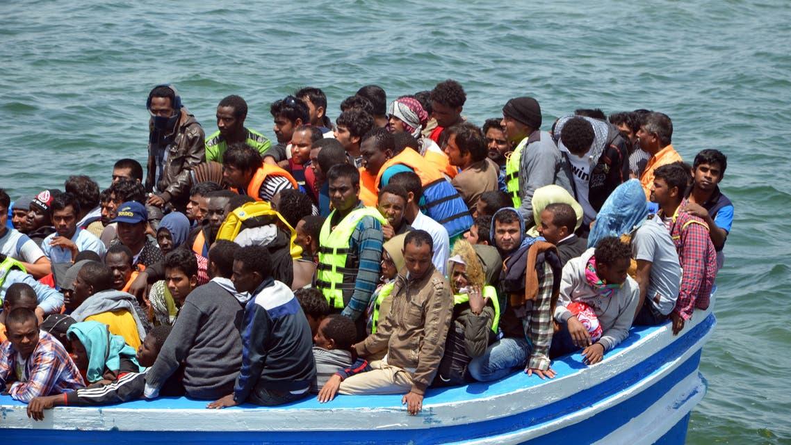 مهاجرون قبالة السواحل التونسية(فرانس برس)